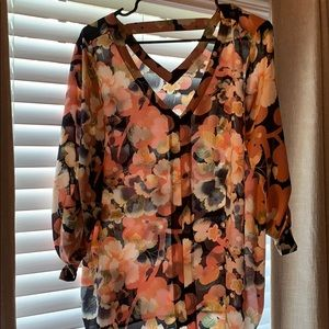 NEW WITH TAGS-Floral top